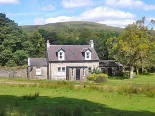 Wondrous Scottish Holiday Cottages For 2 3 And 4 People Self Interior Design Ideas Tzicisoteloinfo