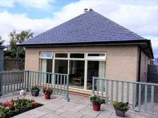 Cedar Holiday Cottage, Laurencekirk, Aberdeenshire