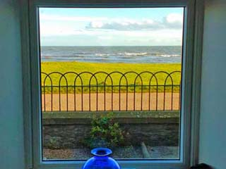 seaside holiday cottage Scotland