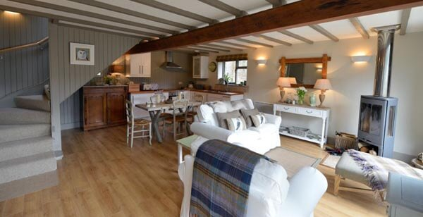 The owl house luxury self catering cottage near aberfeldy for Luxury kitchens scotland